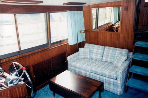 Salon Starboard View