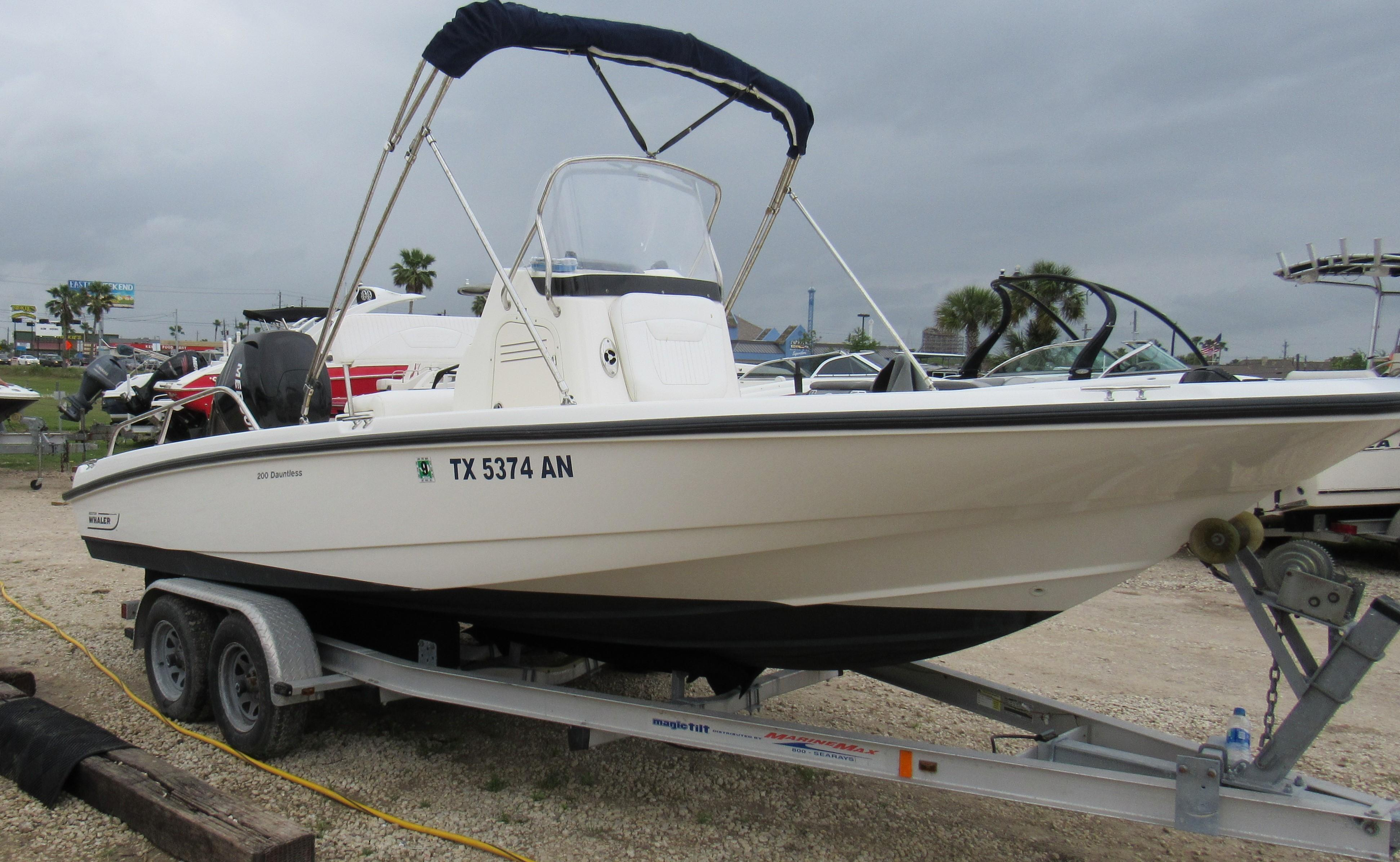 Boston Whaler Power Boat Brokerage in Kemah, TX | Boats for