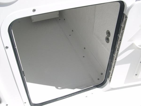 234 Ultra Mezzanine Seat Photo 30