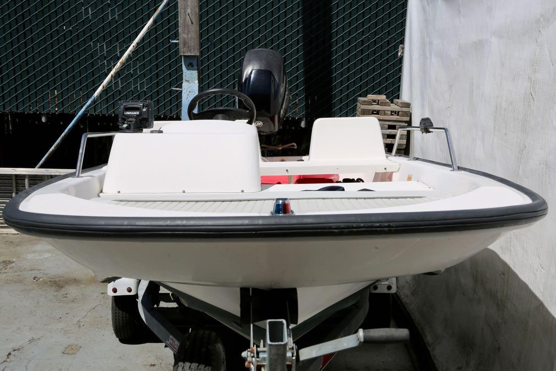 2002 Boston Whaler 130 Sport