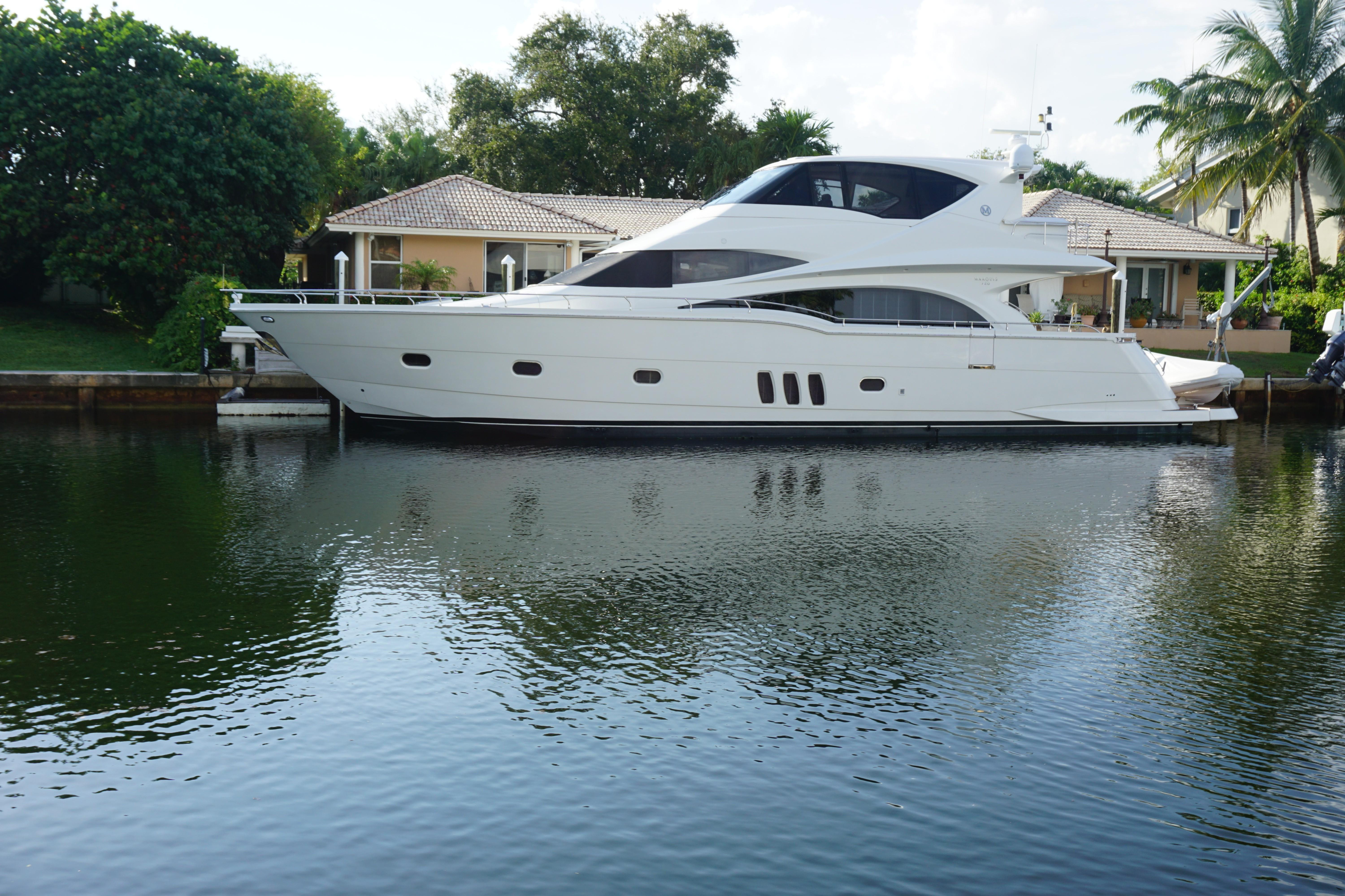 72 ft Marquis 72 ENCLOSED MOTOR YACHT