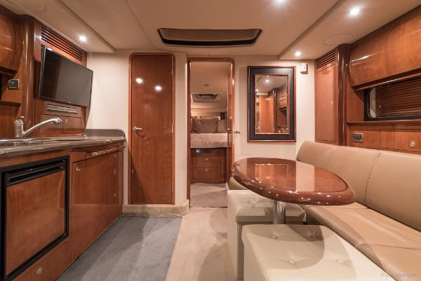 Picture Of:  39' Sea Ray Sundancer 2004Yacht For Sale | 3 of 37