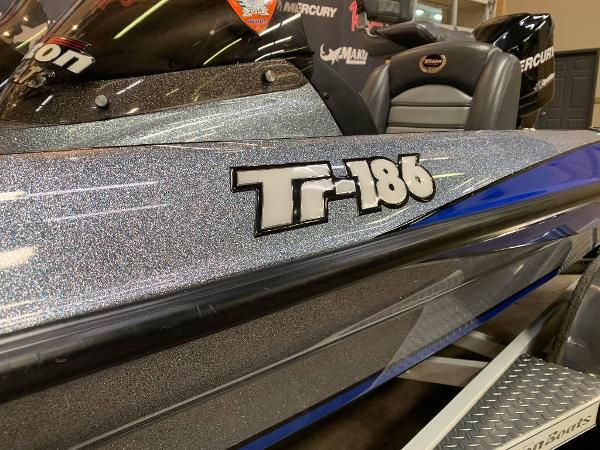 2008 Triton boat for sale, model of the boat is TR-186 & Image # 7 of 10