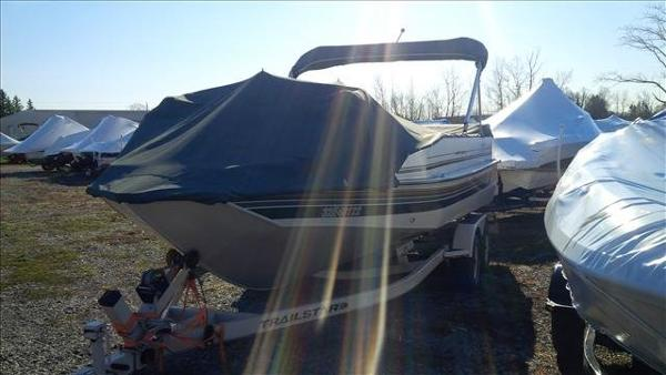 1998 Sun Tracker boat for sale, model of the boat is Party Deck 21 & Image # 7 of 11
