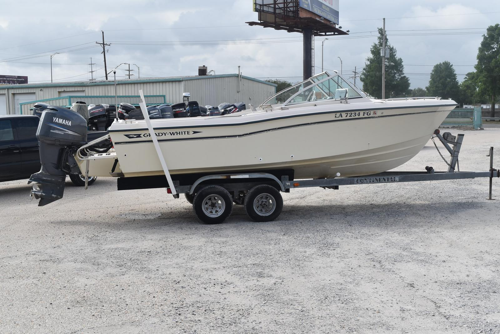 1993 Grady-White boat for sale, model of the boat is 22 & Image # 2 of 10