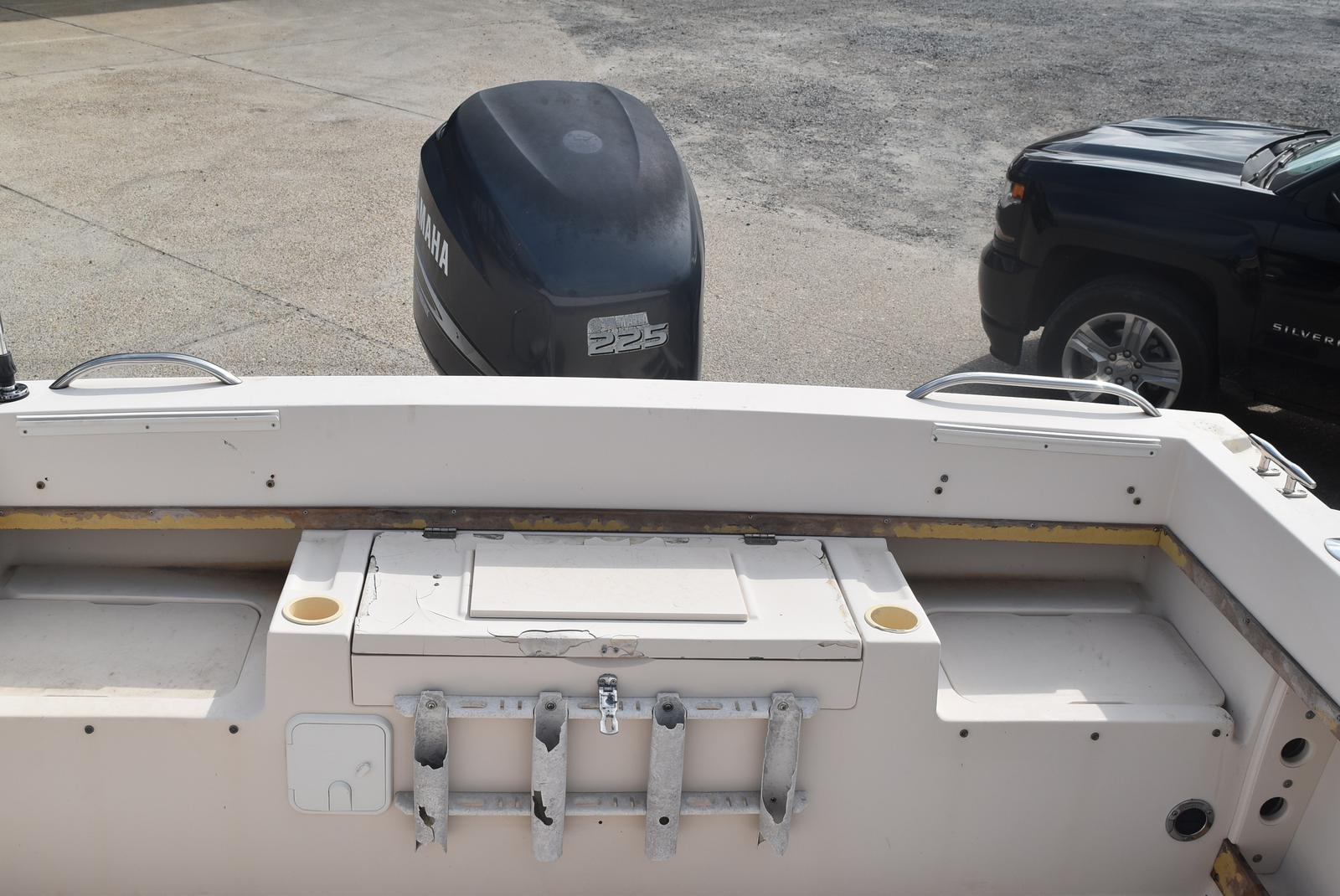 1993 Grady-White boat for sale, model of the boat is 22 & Image # 3 of 10