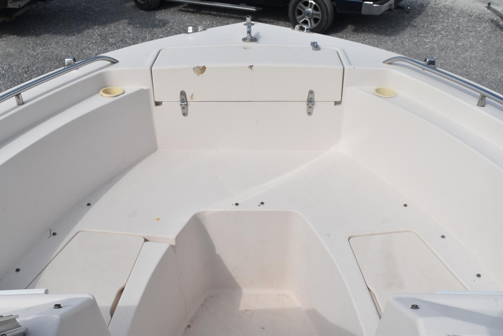 1993 Grady-White boat for sale, model of the boat is 22 & Image # 4 of 10