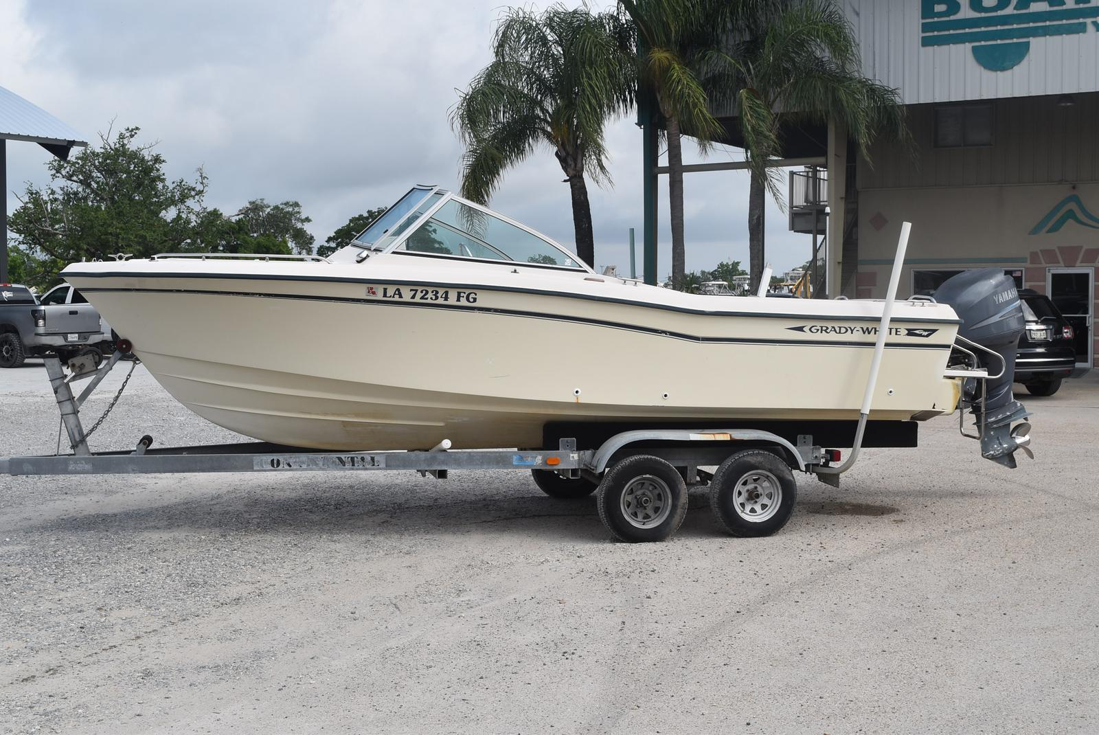1993 Grady-White boat for sale, model of the boat is 22 & Image # 5 of 10