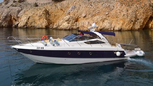 Cranchi Mediterranee 43 Profile