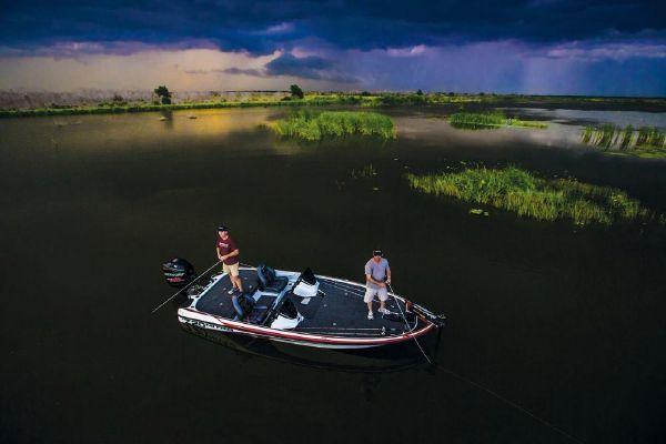 2018 Nitro boat for sale, model of the boat is Z20 & Image # 19 of 32