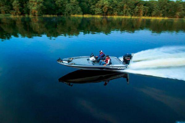 2018 Nitro boat for sale, model of the boat is Z20 & Image # 3 of 32