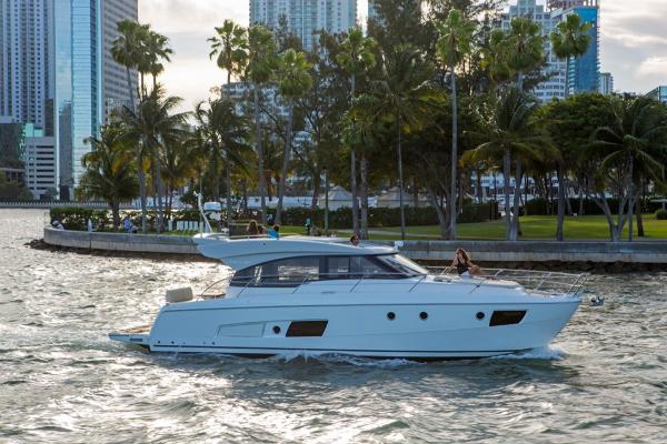 Bavaria Virtess 420 Coupe Sell BoatsalesListing