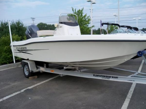 2005 Hydra-Sports 2000 Bay Bolt CC For Sale