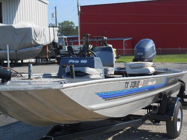 1991 Tracker Boats boat for sale, model of the boat is Pro 16 & Image # 4 of 5