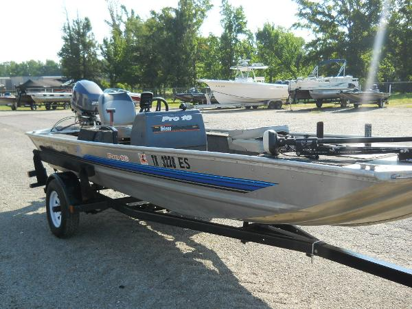 1991 Tracker Boats boat for sale, model of the boat is Pro 16 & Image # 5 of 5