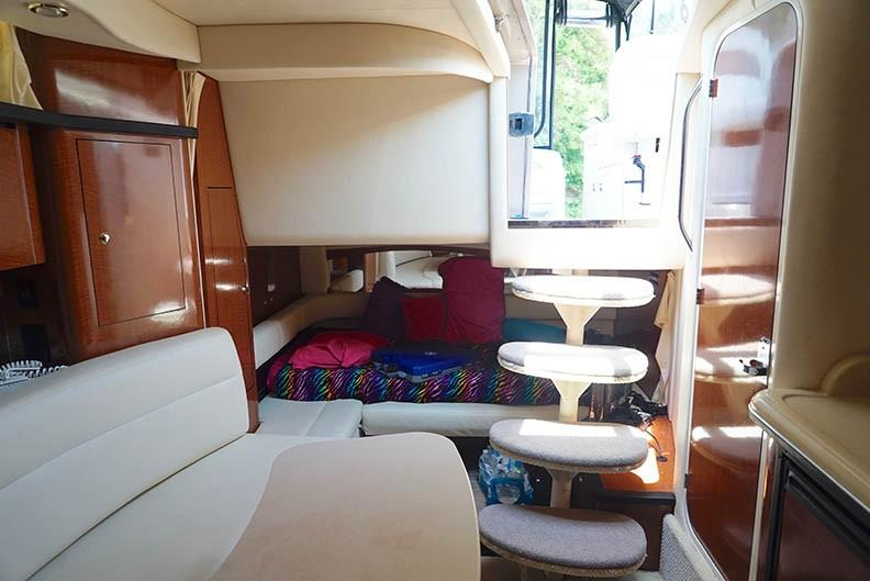 Sea Ray 340 Sundancer - Photo: #34