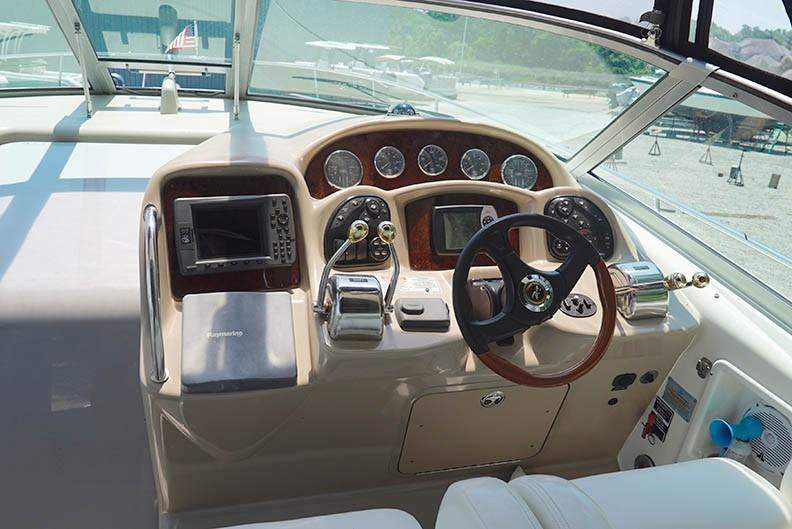 Sea Ray 340 Sundancer - Photo: #10