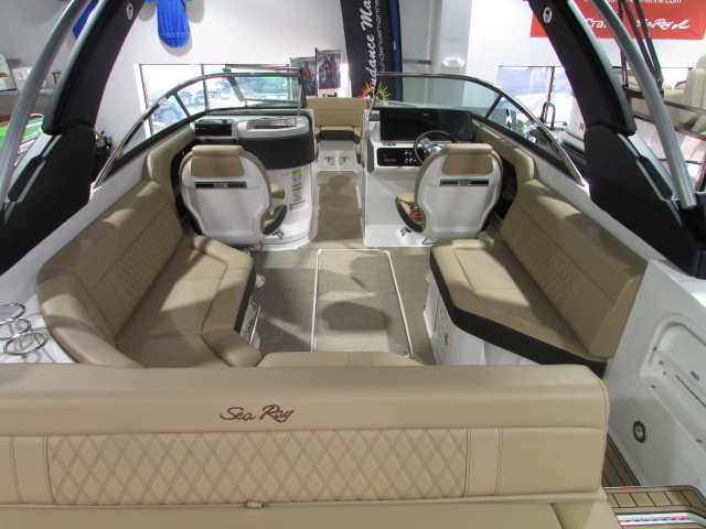 2020 Sea Ray boat for sale, model of the boat is 250 SLX & Image # 12 of 14
