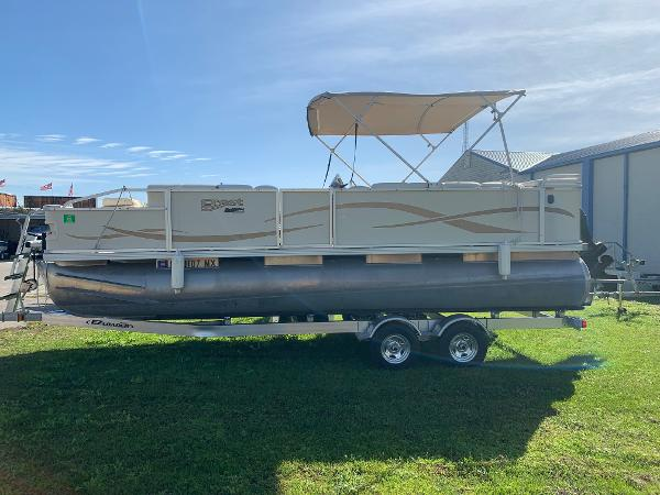 2005 CREST 22 CREST II XRS for sale