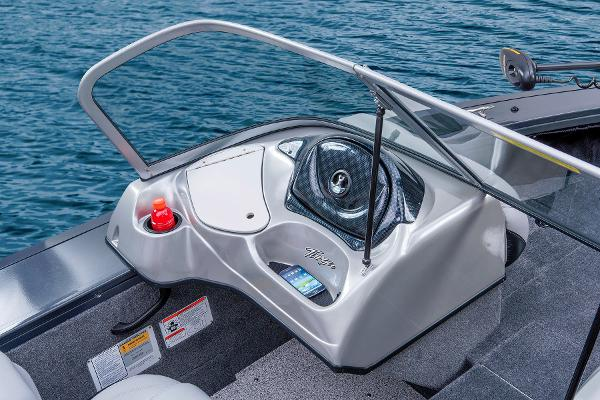 2014 Tracker Boats boat for sale, model of the boat is Targa V-18 WT & Image # 24 of 47