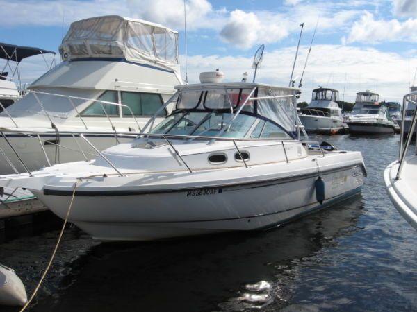 28' Boston Whaler 28 Conquest