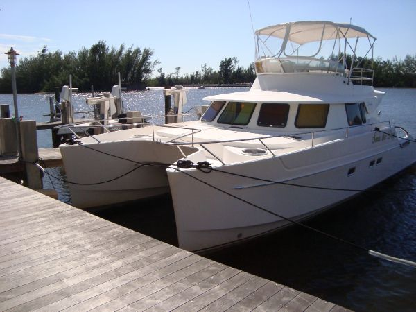 Fountaine Pajot Maryland 37 - Three Cabin Owner's Version Power Catamarans