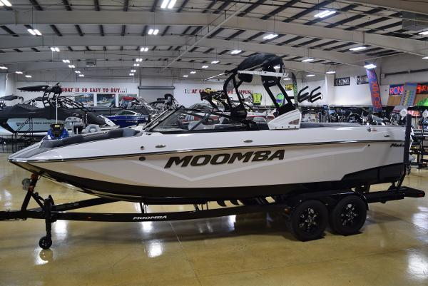 2020 MOOMBA MAKAI for sale