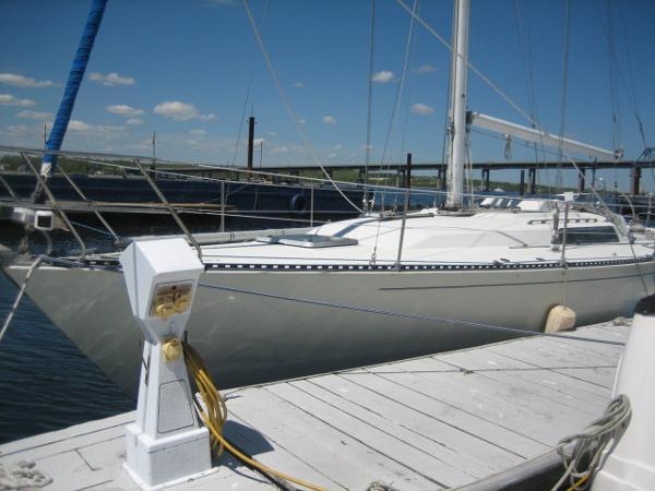 C&C Yachts  C&C  41
