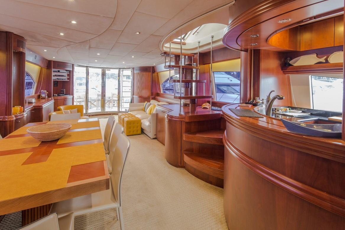 Dining & Galley
