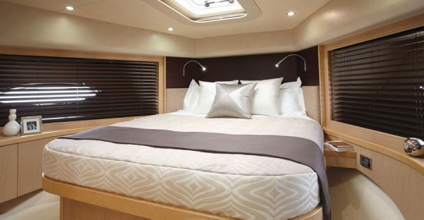 Forward Guest Cabin - Princess 78 Motor Yacht
