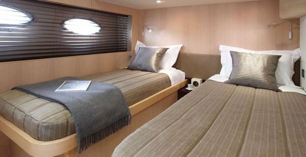 Port Cabin - Princess 78 Motor Yacht