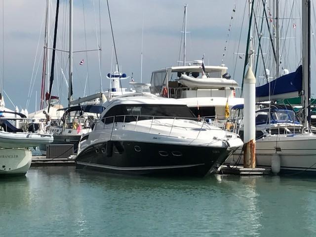 Sea Ray 430 Sundancer - Simpson Marine