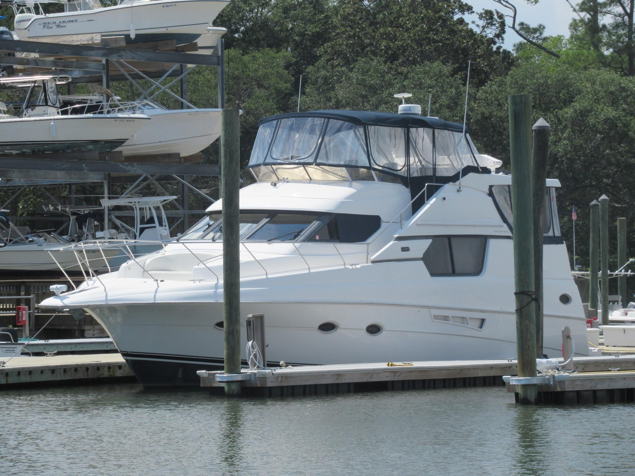 1999 Silverton 453 Motor Yacht - Yacht Sales and Services