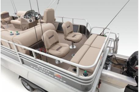 2020 Sun Tracker boat for sale, model of the boat is Fishing Barge 22 XP3 & Image # 38 of 50