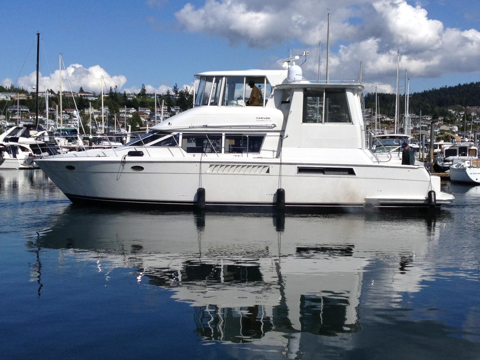 Royal marine yacht sales 1998 carver 50 motor yacht for sale for 50 ft motor yachts for sale