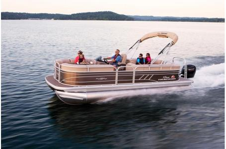 2020 Sun Tracker boat for sale, model of the boat is Party Barge 22 DLX & Image # 9 of 15