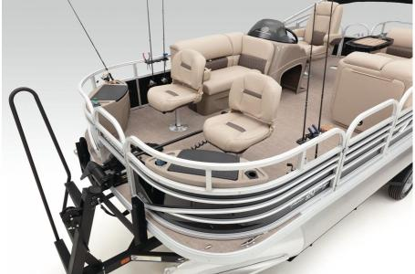 2020 Sun Tracker boat for sale, model of the boat is Fishing Barge 20 DLX & Image # 35 of 48