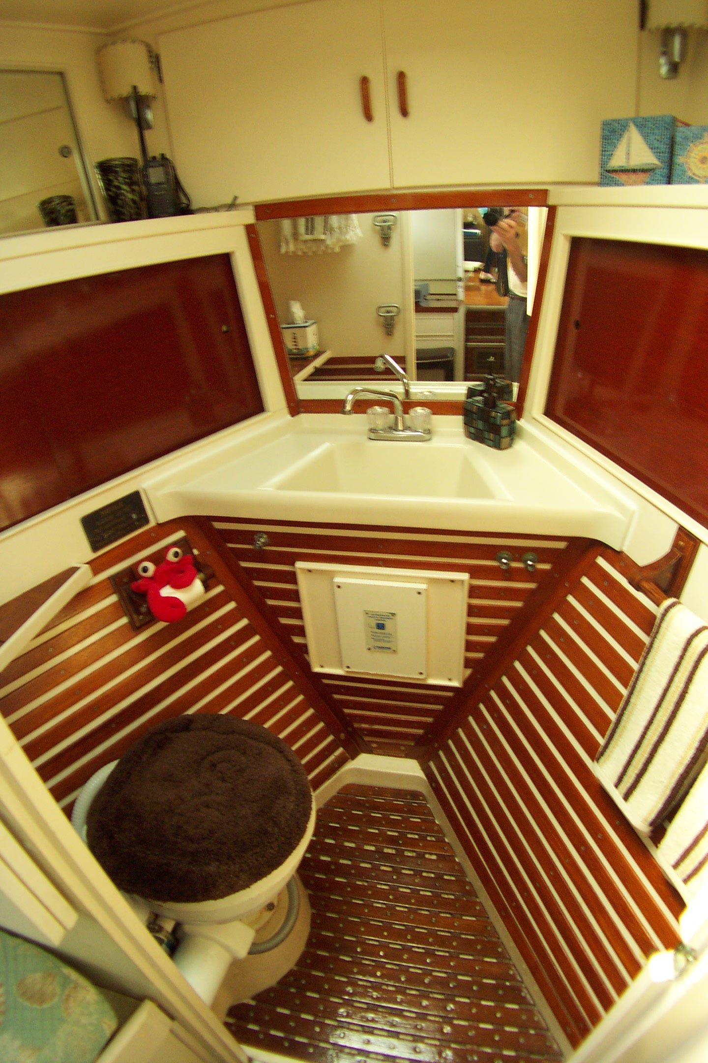 SS Handrails On Cabin Top