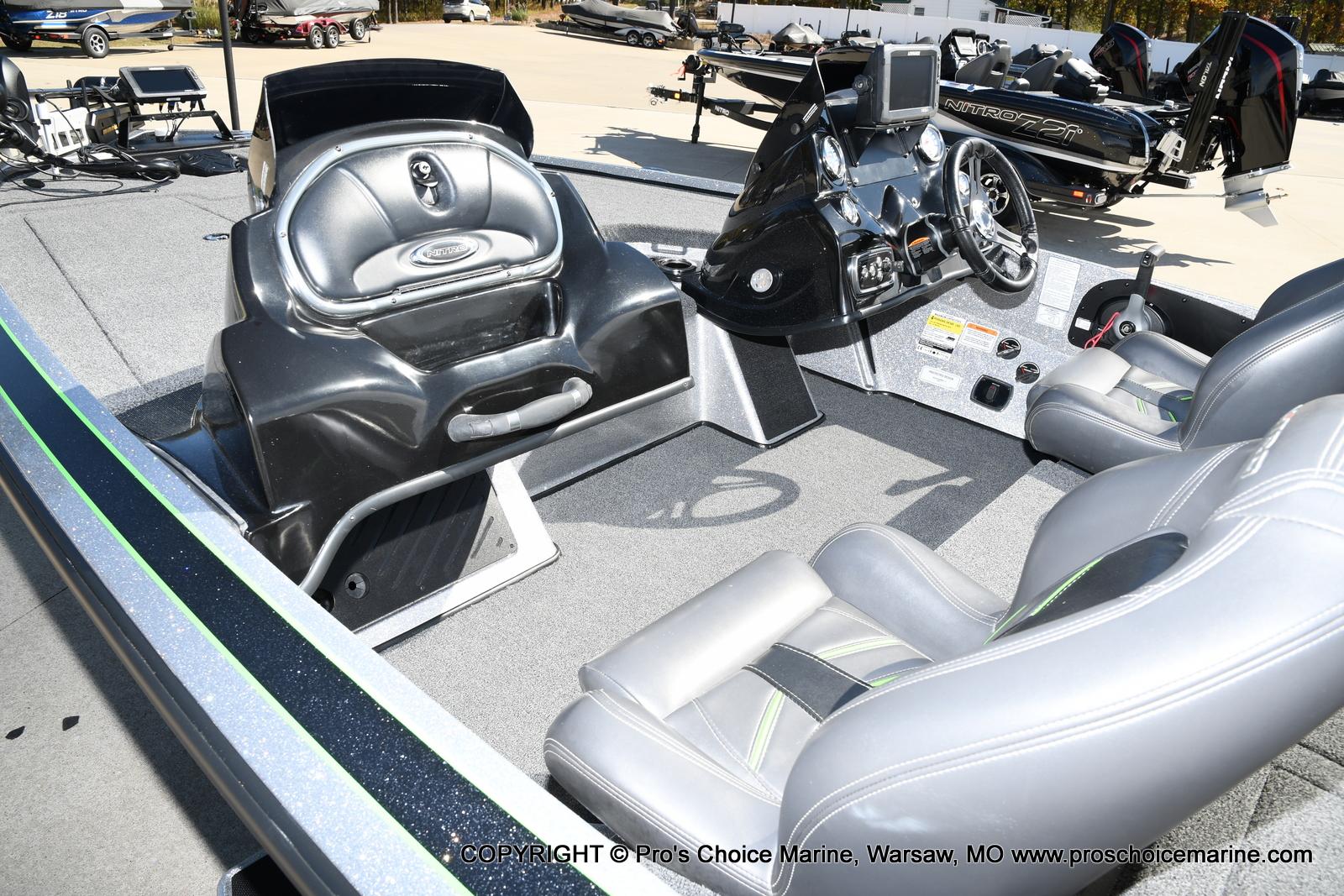 2017 Nitro boat for sale, model of the boat is Z19 & Image # 22 of 50
