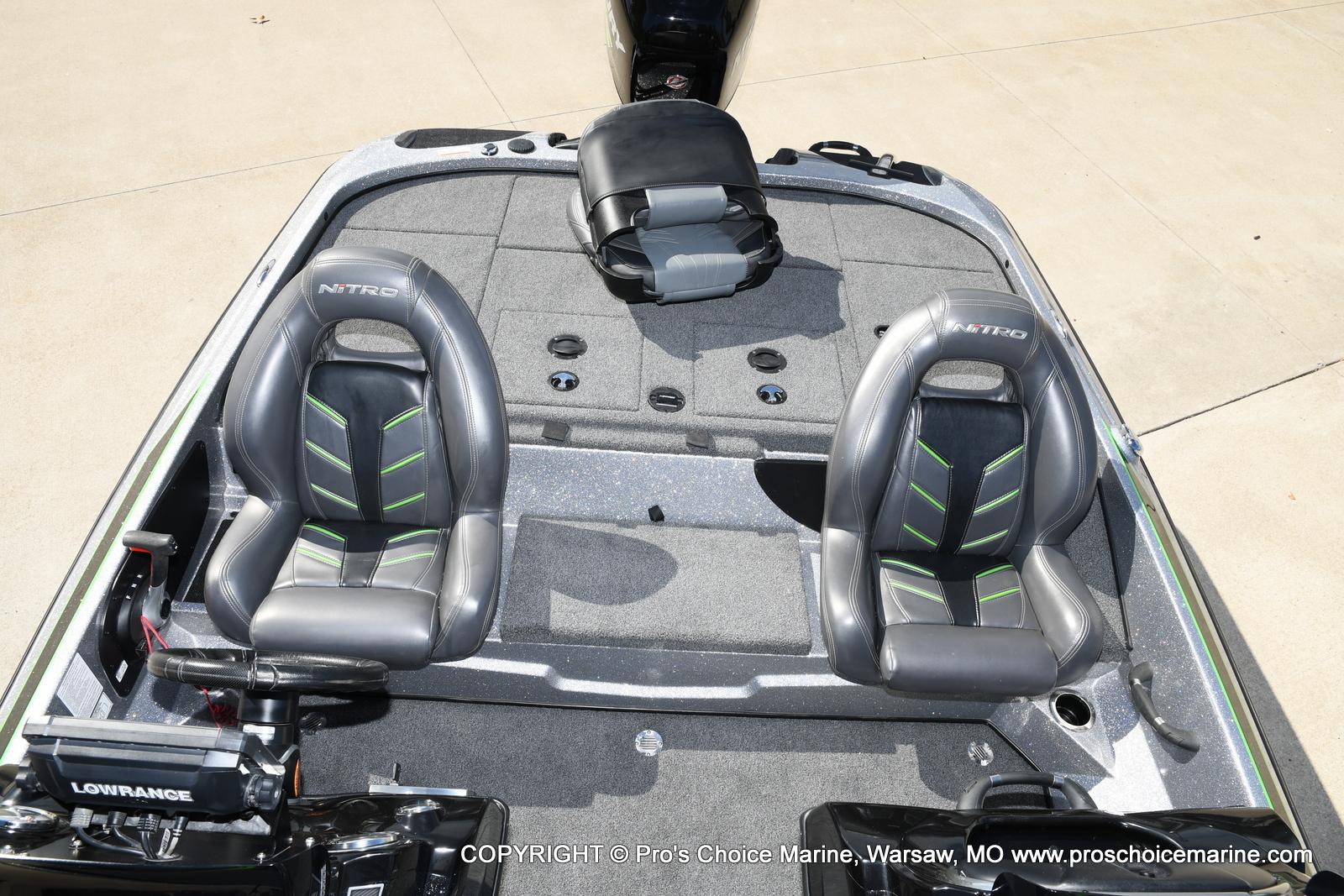 2017 Nitro boat for sale, model of the boat is Z19 & Image # 25 of 50