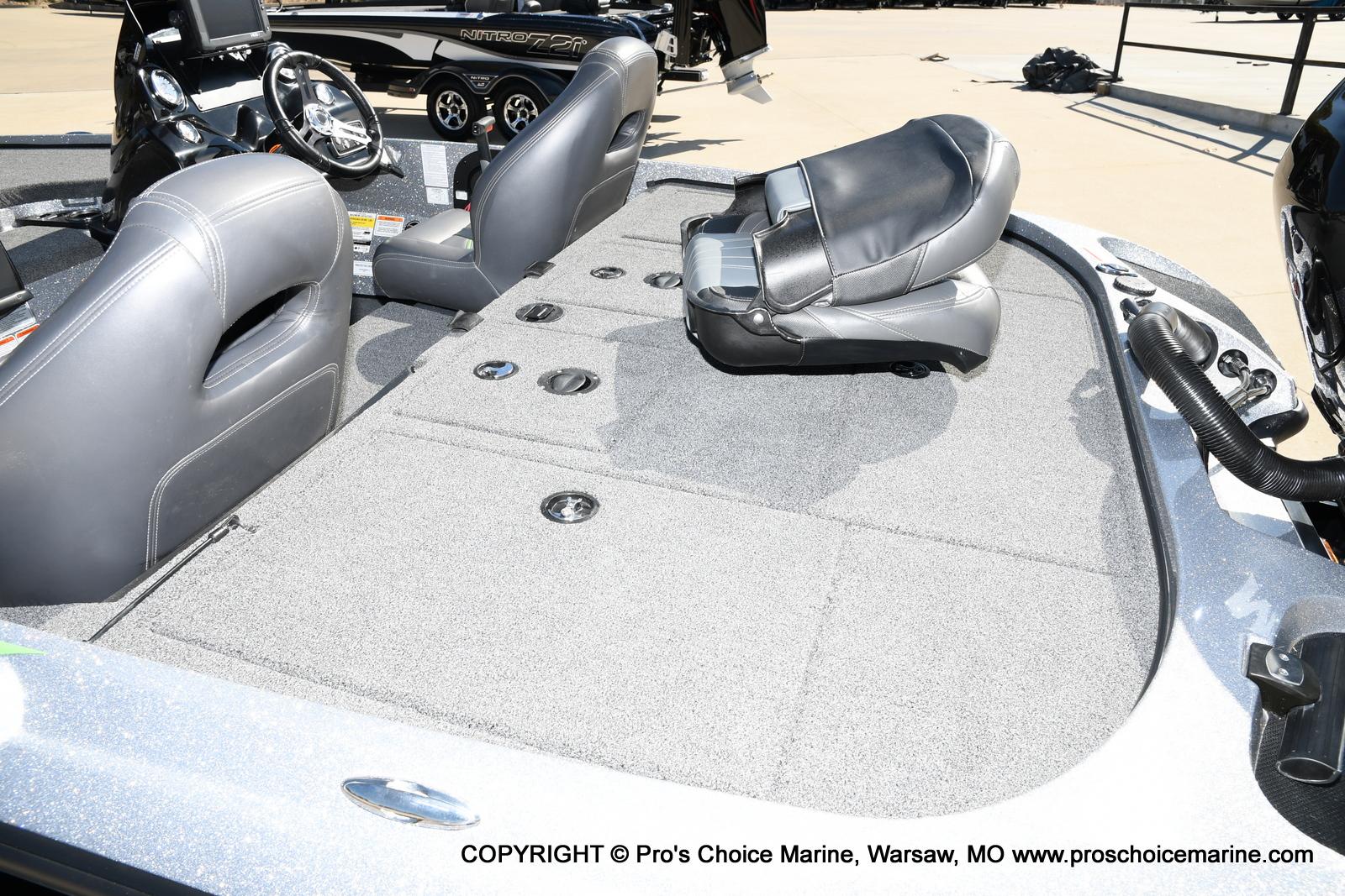 2017 Nitro boat for sale, model of the boat is Z19 & Image # 37 of 50