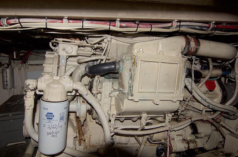 Hatteras 43 Motor Yacht - Starboard Engine 2