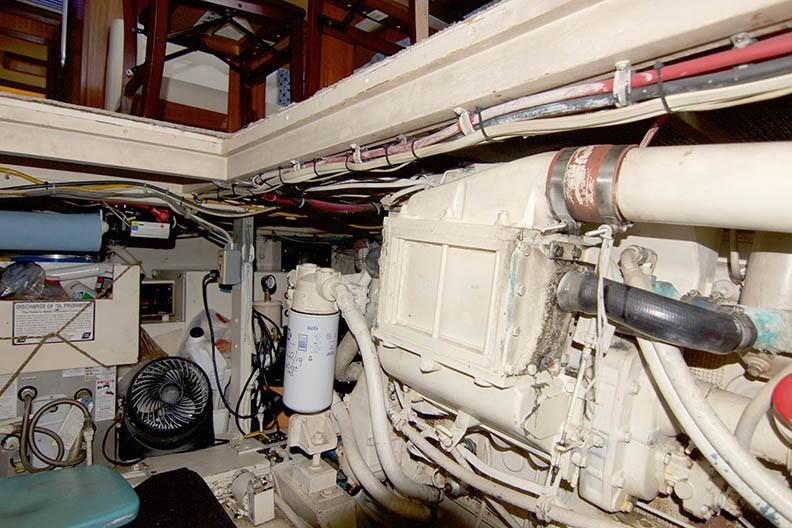 Hatteras 43 Motor Yacht - Starboard Engine 3