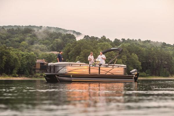 2021 Regency boat for sale, model of the boat is 230 DL3 & Image # 3 of 71