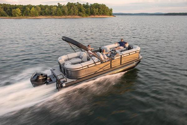 2021 Regency boat for sale, model of the boat is 230 DL3 & Image # 4 of 71