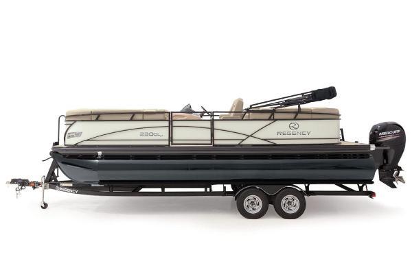 2021 Regency boat for sale, model of the boat is 230 DL3 & Image # 9 of 71