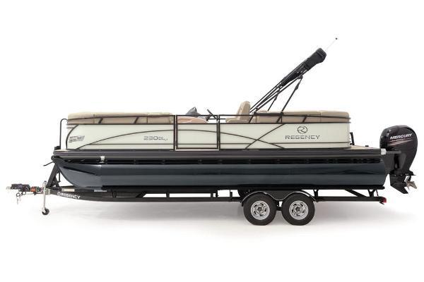 2021 Regency boat for sale, model of the boat is 230 DL3 & Image # 10 of 71