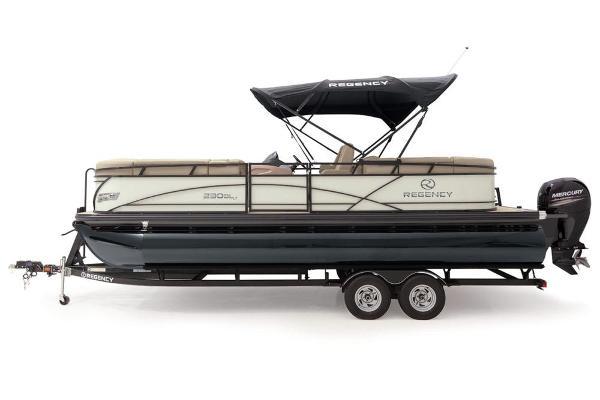 2021 Regency boat for sale, model of the boat is 230 DL3 & Image # 12 of 71