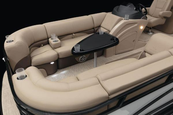 2021 Regency boat for sale, model of the boat is 230 DL3 & Image # 27 of 71