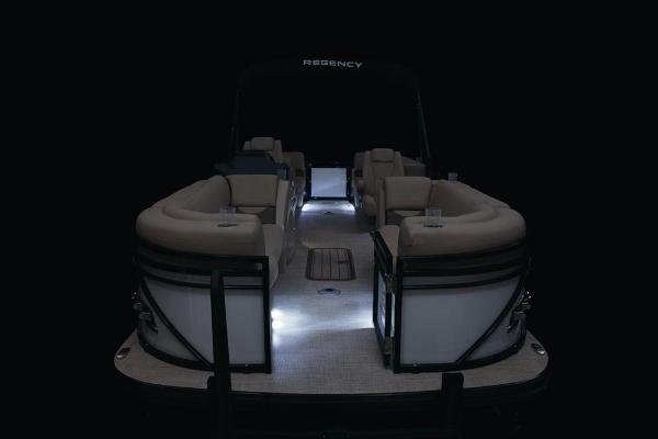 2021 Regency boat for sale, model of the boat is 230 DL3 & Image # 28 of 71